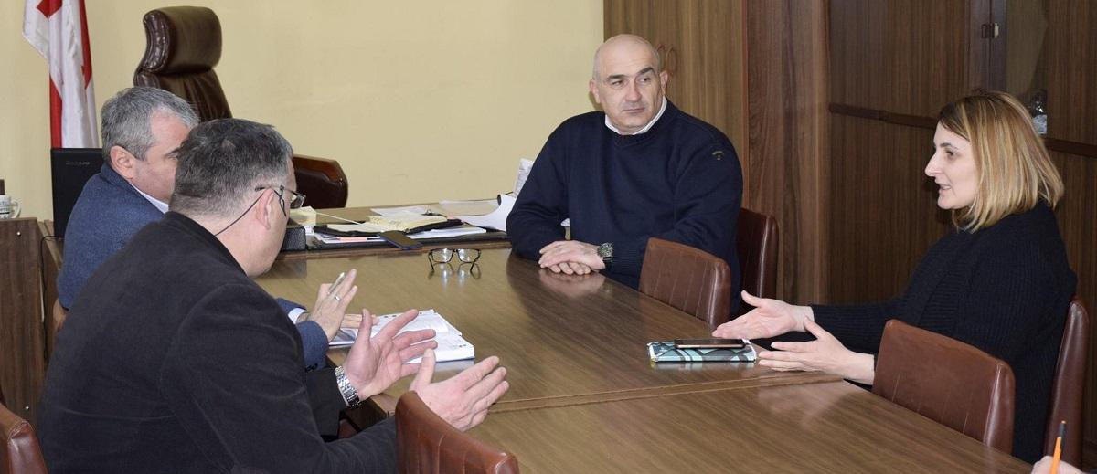 http://new.admin.kharagauli.ge/images/ghjcvbncbv.jpg